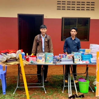 2020 12 25 2020 12 25 Socfin Cambodia donated supplies to the school in Coviphama